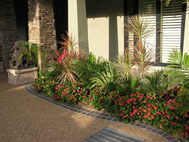 Townsville garden suzan quigg for Queensland garden design